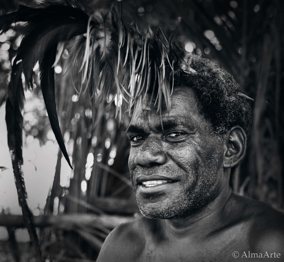 People Portraits, Vanuatu, South Pacific, Island, Man, Portrait, Retrato, Black and white, blanco y negro, almaarte photography, traveling, travel photography, cruise, Pacifico, Oceano Pacifico, Pacific Ocean, Vanuatu man, Vanuatu customs,